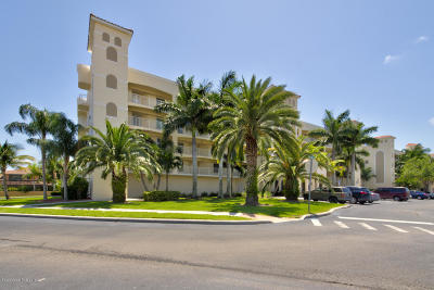 Cape Canaveral Condo For Sale: 551 Casa Bella Drive #203