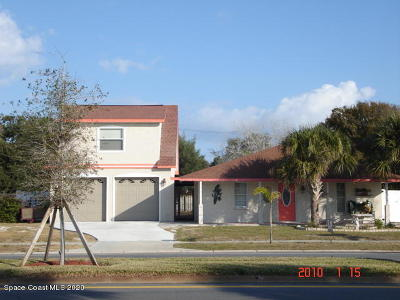 Cape Canaveral Single Family Home For Sale: 296 E Central Boulevard