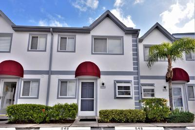 Cape Canaveral Townhouse For Sale: 648 Seaport Boulevard