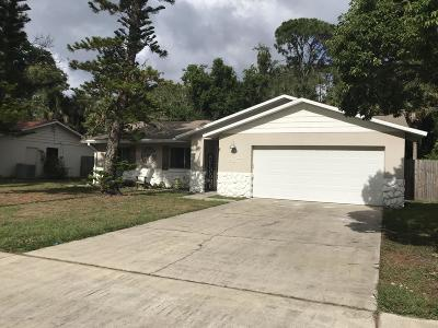 Titusville Single Family Home For Sale: 987 Tennessee Street