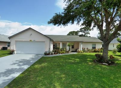 Palm Bay Single Family Home For Sale: 1051 Falconer Street NW
