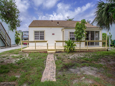 Cocoa Beach Single Family Home For Sale: 1530 S Atlantic Avenue S