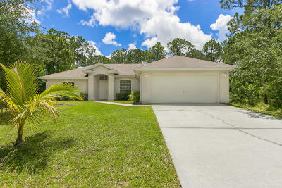 Palm Bay FL Single Family Home For Sale: $199,900