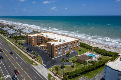 Indian Harbour Beach Condo For Sale: 1941 Highway A1a #202