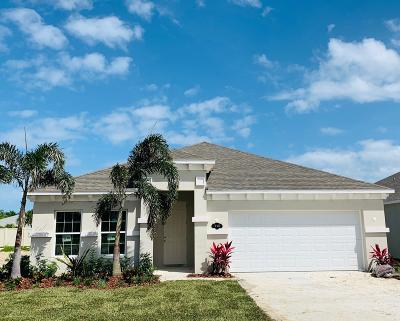 West Melbourne Single Family Home Contingent: 4428 Trovita Circle