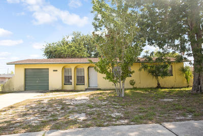 Titusville FL Single Family Home For Sale: $125,000