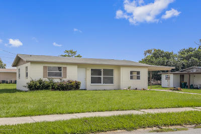 Merritt Island Single Family Home For Sale: 360 Schoolhouse Lane