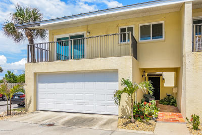 Indian Harbour Beach Townhouse For Sale: 1923 Highway A1a #D1