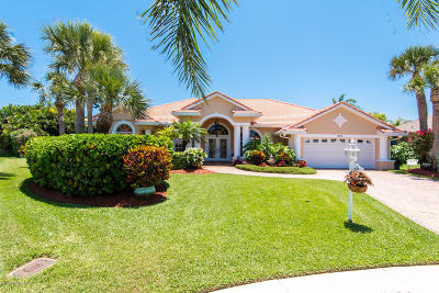 Melbourne Beach FL Single Family Home For Sale: $600,000