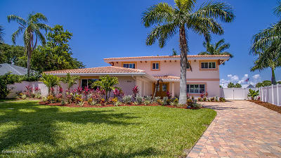Cocoa Beach Single Family Home For Sale: 1754 Bay Shore Drive