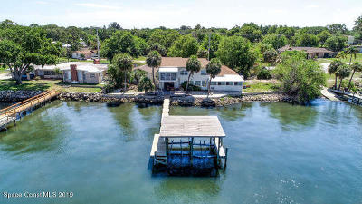Merritt Island Single Family Home For Sale: 2175 S Tropical Trl