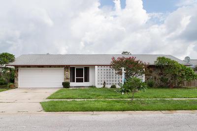 Merritt Island Single Family Home For Sale: 162 Las Palmas
