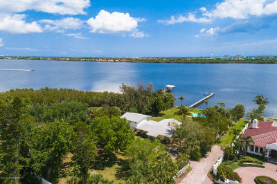 Merritt Island Single Family Home For Sale: 0+ South Tropical Trail