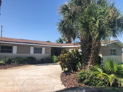 Satellite Beach Single Family Home For Sale: 165 Desoto Parkway