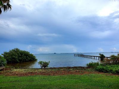 Merritt Island Single Family Home For Sale: 7415 S Tropical Trl