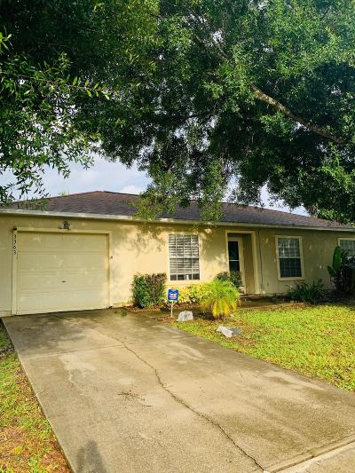 Palm Bay Single Family Home For Sale: 3363 Toledo Avenue SW