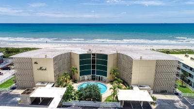 Cocoa Beach Condo For Sale: 4850 Ocean Beach Boulevard #108
