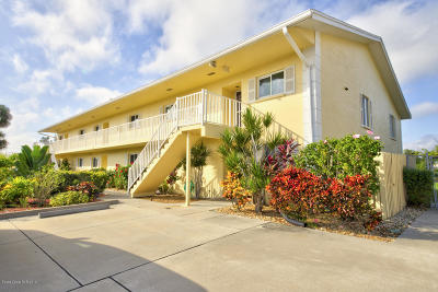 Cocoa Beach Condo For Sale: 70 Cedar Avenue #6