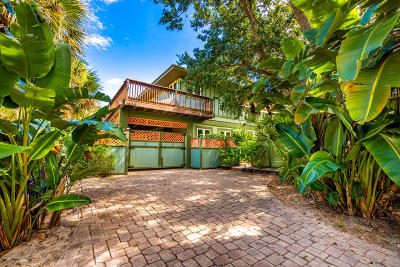 Vero Beach Single Family Home For Sale: 1830 E Cayman Road