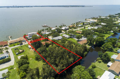 Merritt Island Single Family Home For Sale: 1150 S Banana River Drive