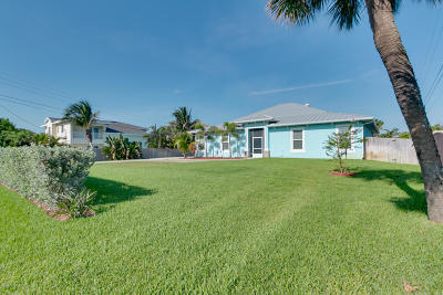 Brevard County Single Family Home For Sale: 1960 N Highway A1a N