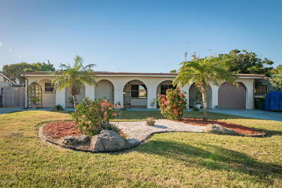 Satellite Beach Single Family Home For Sale: 170 Herron Drive