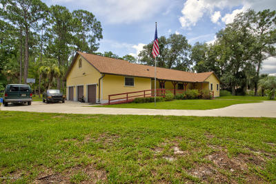 Titusville Single Family Home For Sale: 7555 Turkey Point Drive