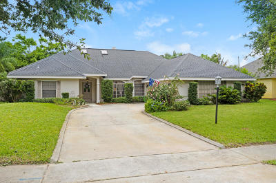 Indialantic Single Family Home For Sale: 263 Peregrine Drive