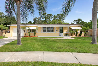 Merritt Island Single Family Home Backups: 2175 Emerald Court