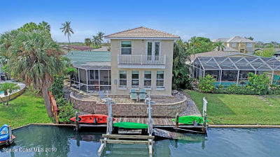 Cocoa Beach Single Family Home For Sale: 4 Sloop Drive