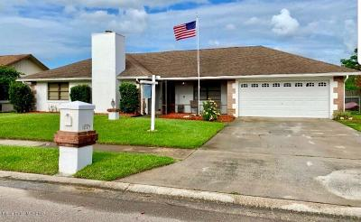 Titusville Single Family Home For Sale: 1695 Figtree Drive