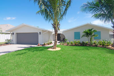 Melbourne Beach, Indian Harbour Beach, Indialantic, Cocoa Beach, Cape Canaveral, Port Canaveral, Satellite Beach Single Family Home For Sale: 431 Port Royal Boulevard