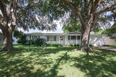 Melbourne Beach, Indialantic, Indian Harbour Beach, Satellite Beach, Cocoa Beach, Melbourne, West Melbourne, Vero Beach Single Family Home For Sale: 1610 Holland Street