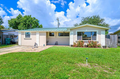 Melbourne Single Family Home For Sale: 820 Tupelo Drive
