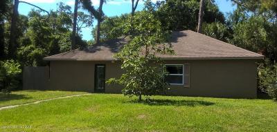 Melbourne Single Family Home For Sale: 2725 Pine Cone Drive