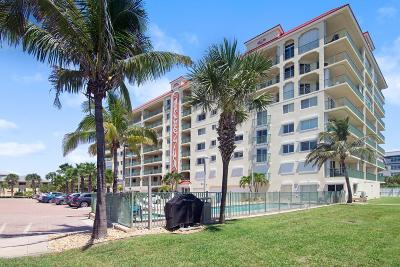 Cocoa Beach Condo For Sale: 420 Harding Avenue #202