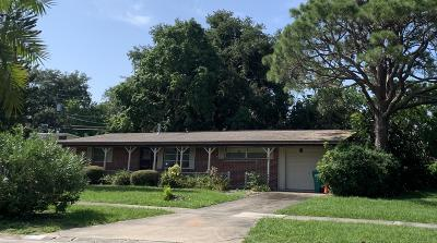 Merritt Island Single Family Home For Sale: 25 Carib Drive