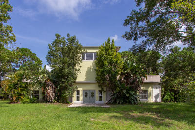 Melbourne Single Family Home For Sale: 2770 Clydesdale Boulevard