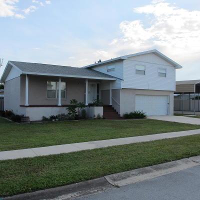 Merritt Island Single Family Home For Sale: 1515 Holiday Boulevard