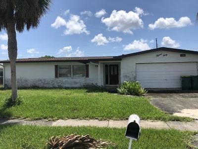 Merritt Island Single Family Home For Sale: 1540 Saturn Street