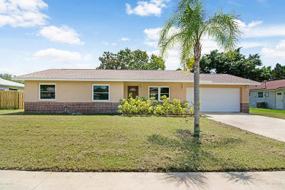 Merritt Island Single Family Home For Sale: 235 Perth Avenue