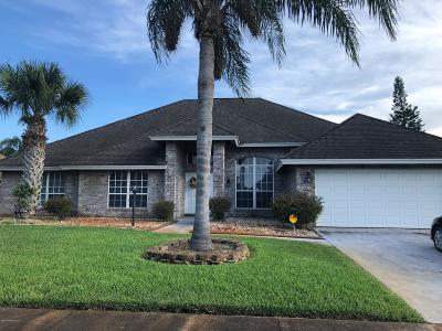 Titusville Single Family Home For Sale: 1745 Lakeside Drive