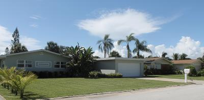 Indian Harbour Beach Single Family Home For Sale: 107 Mayaca Drive