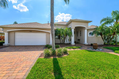 Rockledge Single Family Home For Sale: 1045 Starling Way
