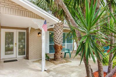 Melbourne Beach Single Family Home For Sale: 2020 Bonita Avenue