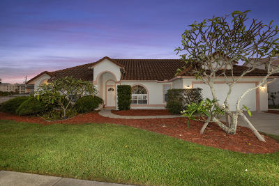 Indialantic Single Family Home For Sale: 105 Waters Edge Lane