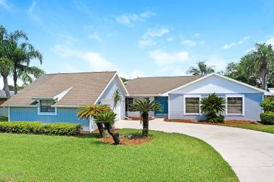 Indialantic Single Family Home For Sale: 164 Sand Dollar Road