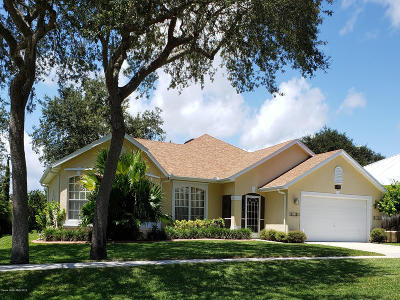 Titusville Single Family Home For Sale: 5526 Oak Hollow Drive