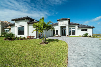 Melbourne Single Family Home For Sale: 8639 Serrano Circle
