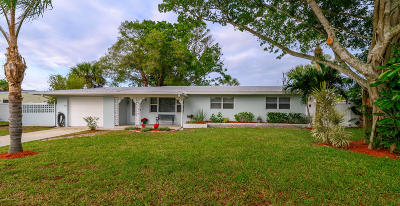Satellite Beach Single Family Home For Sale: 410 Cinnamon Drive